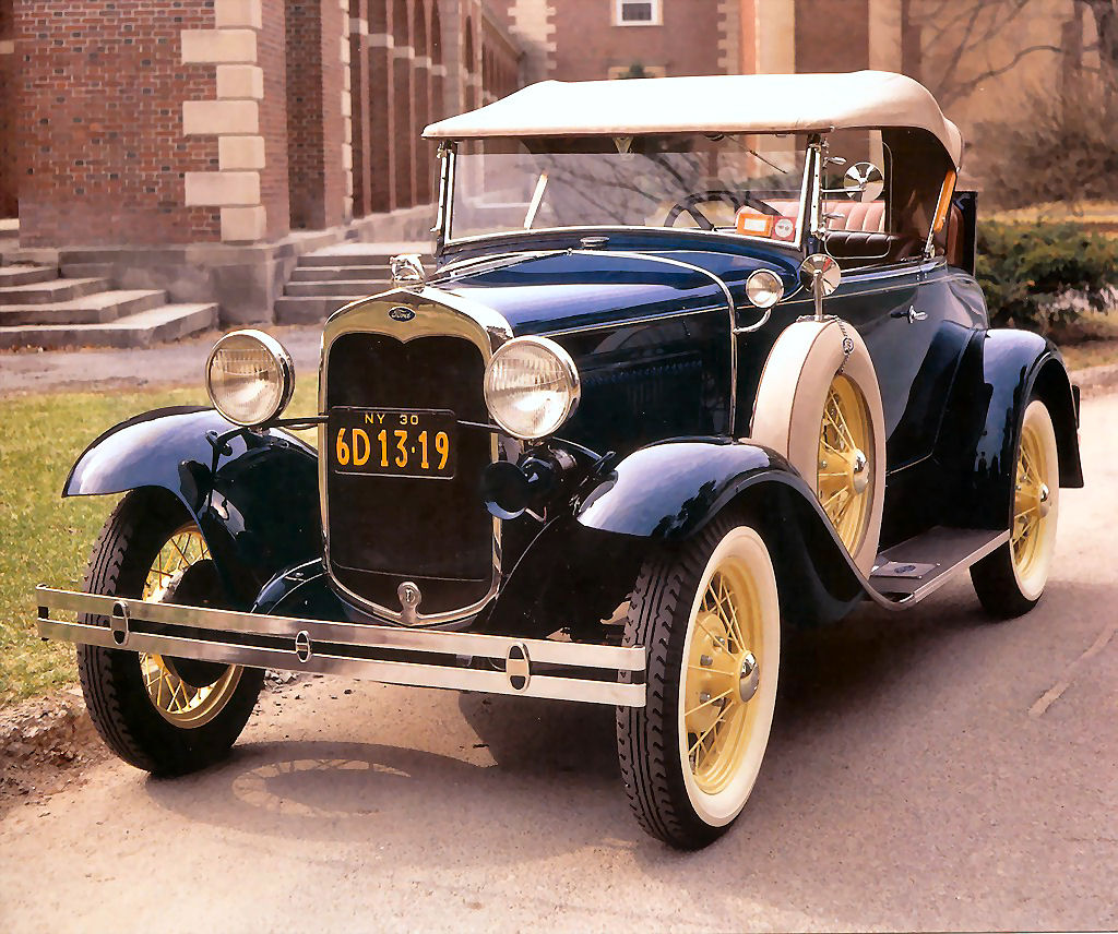 Cars in the 1930s: History, Pictures, Facts & More
